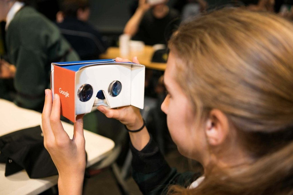 YiA Students take part in Google Expedition Workshop